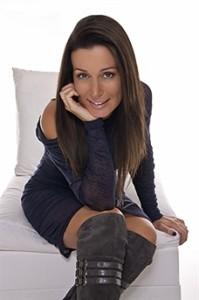 Laura Kronen -228 - Headshot_0139