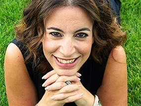 Dafna Jenet Headshot 285 sharp