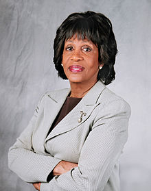 us-congresswoman-maxine-waters-3